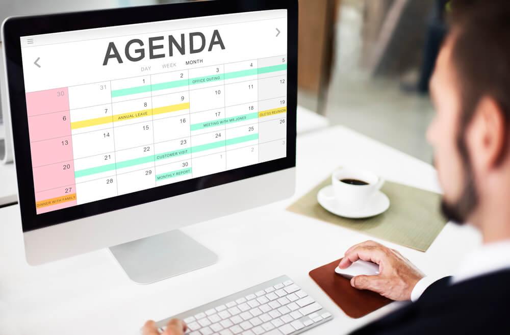 Saiba por que implantar um sistema de pré-agendamento na web