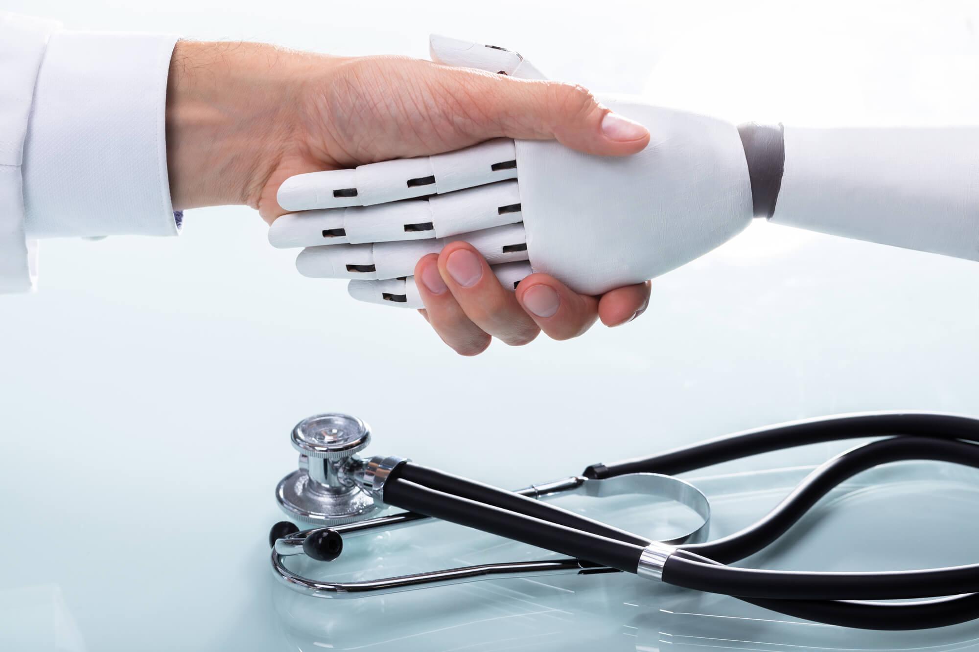 Resultado de imagem para tecnologia robotica saúde