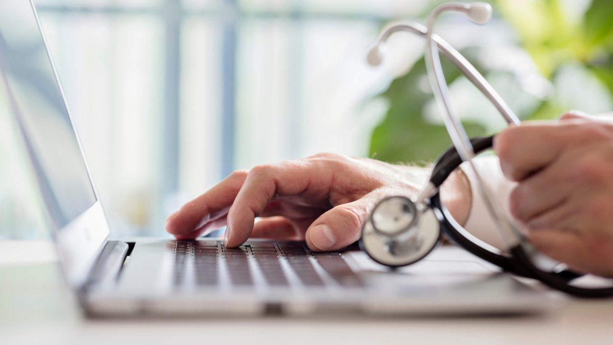 Software de saúde: veja como a tecnologia ajuda a aumentar a receita e diminuir custos!